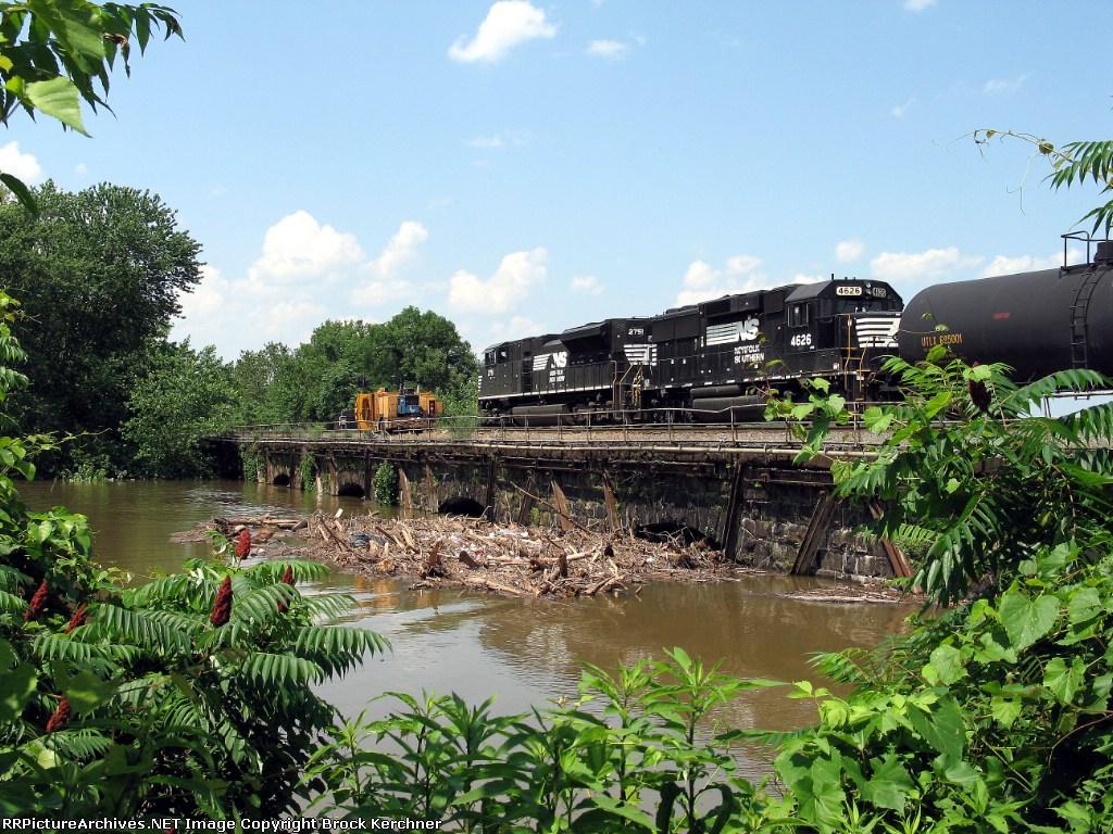 Sherman's Creek at the peak of the 2006 Flood