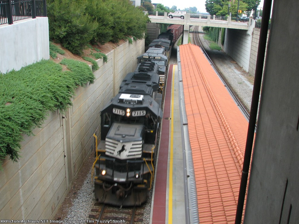 NS 7115 leads NS 9243 & NS 8907 southbound