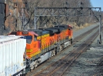 BNSF 4065 With Rock Climber
