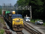 CSX 7674 Passing a Work Crew