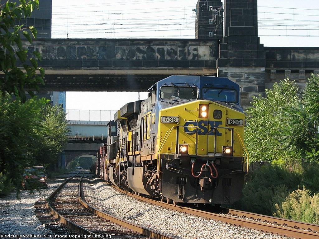 CSX 636 X176