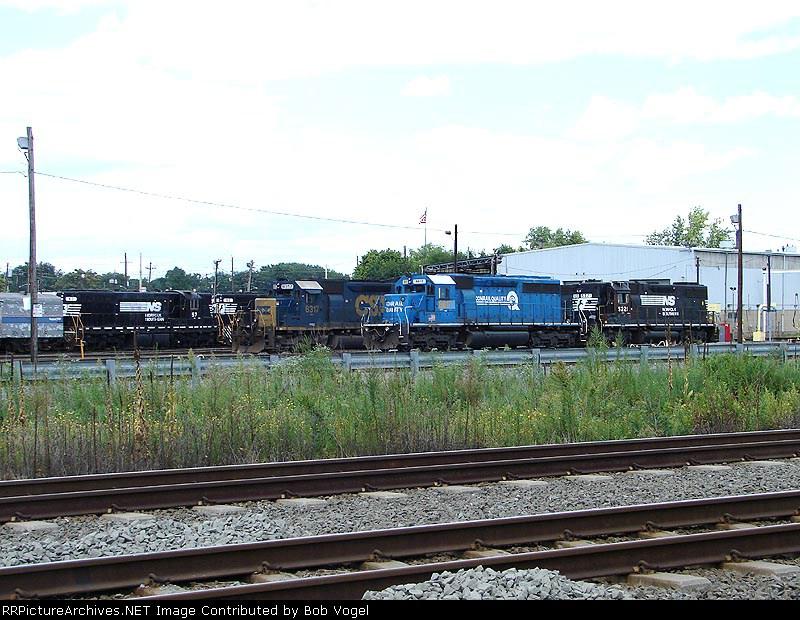 NS 57, CSX 8317 & 8817; NS 5221