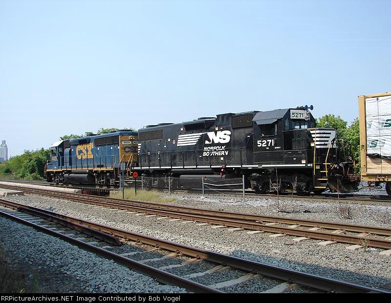 NS 5271 & CSX 4429