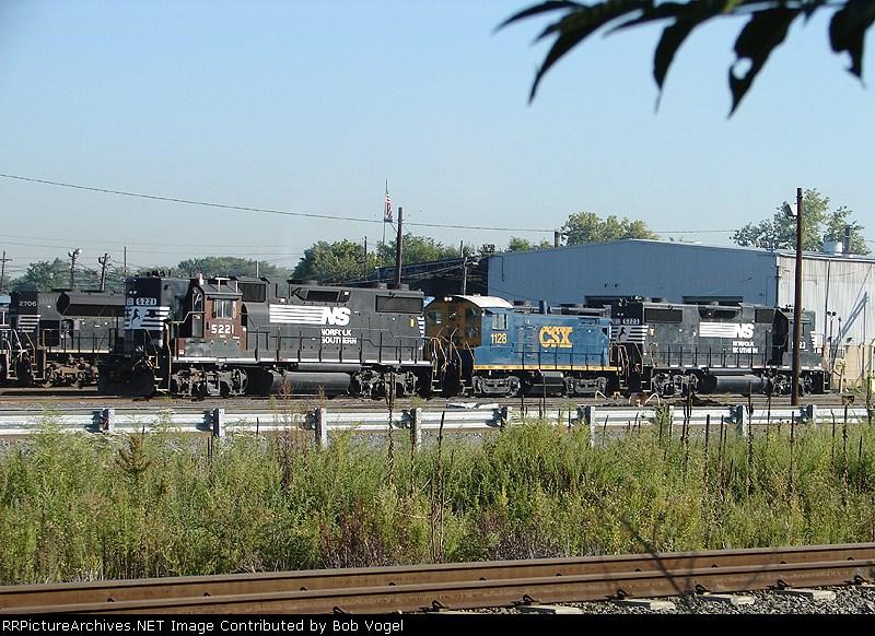 NS 5221 & 5223; CSX 1128