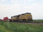 UP 5276 Leads WB Stacks