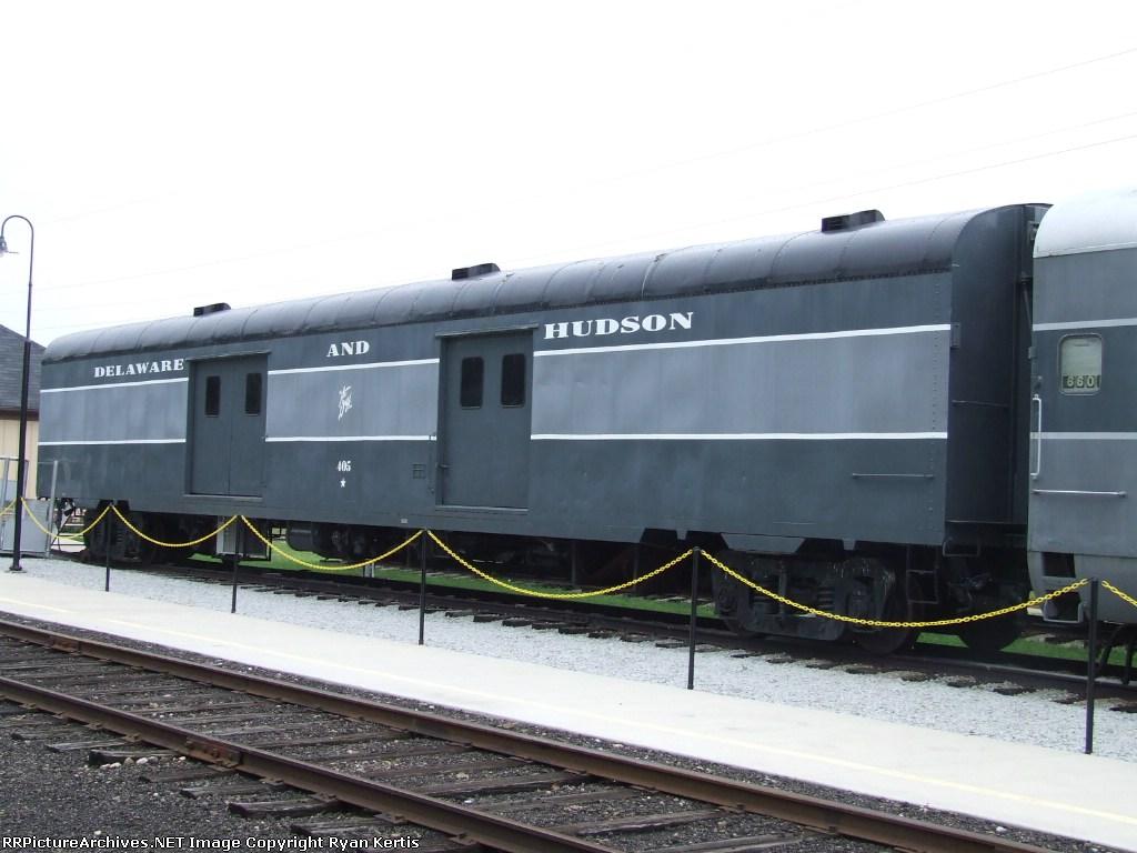 DH 405