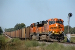 BNSF 5937 by the distant approach