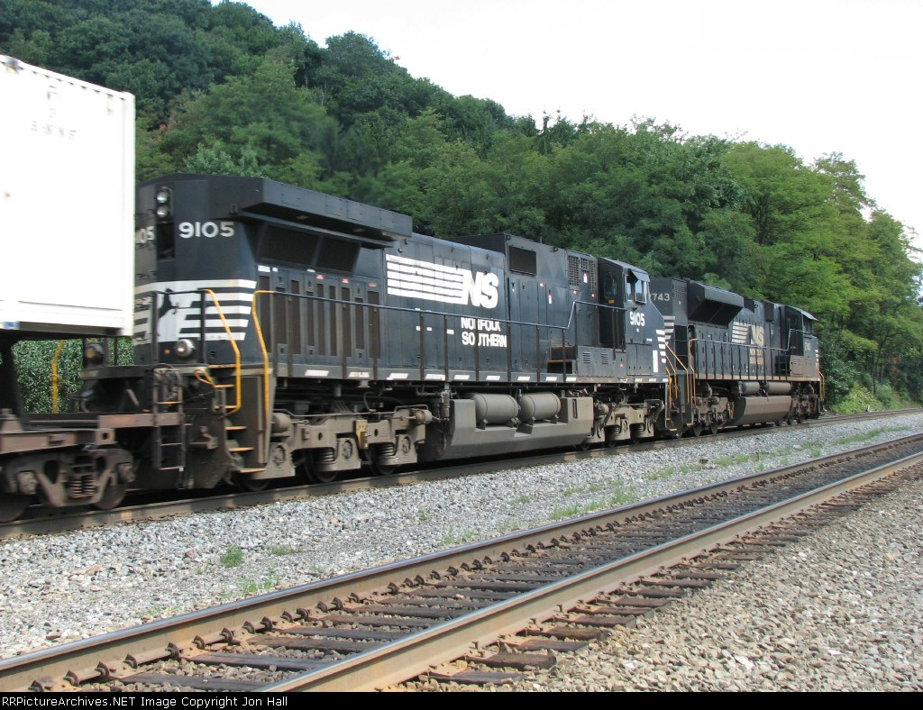 NS 9105 & 2743