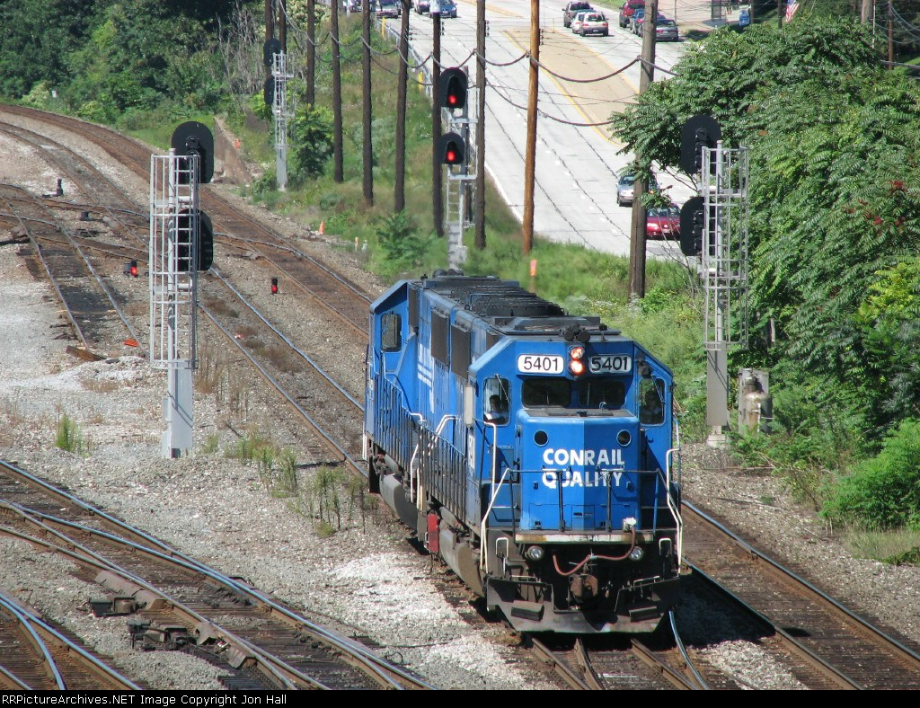 678, with NS 5401 & 5403, rolling eastward
