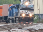NS 9806 & CEFX 3122 southbound