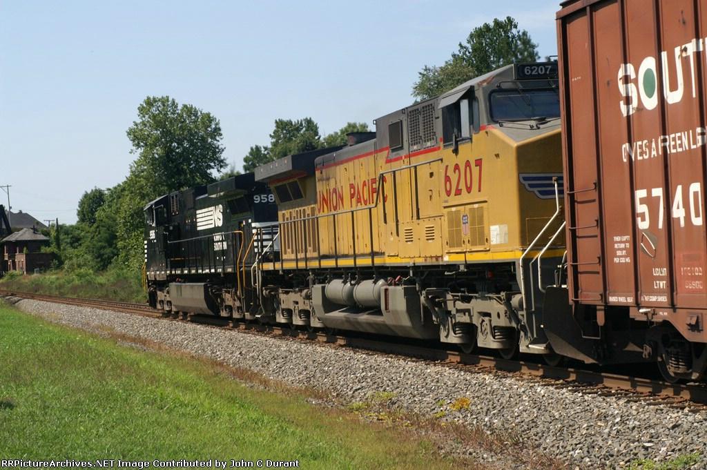Union Pacific 6207 69Q