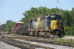 Q326-02 rolling through Lamar and into the yard