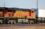 Burlington Northern Santa Fe Railway (BNSF) GE ES44DC No. 7692