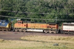 Burlington Northern Santa Fe Railway (BNSF) GE C44-9W No. 672