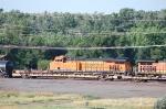 Burlington Northern Santa Fe Railway (BNSF) GE ES44DC No. 7595