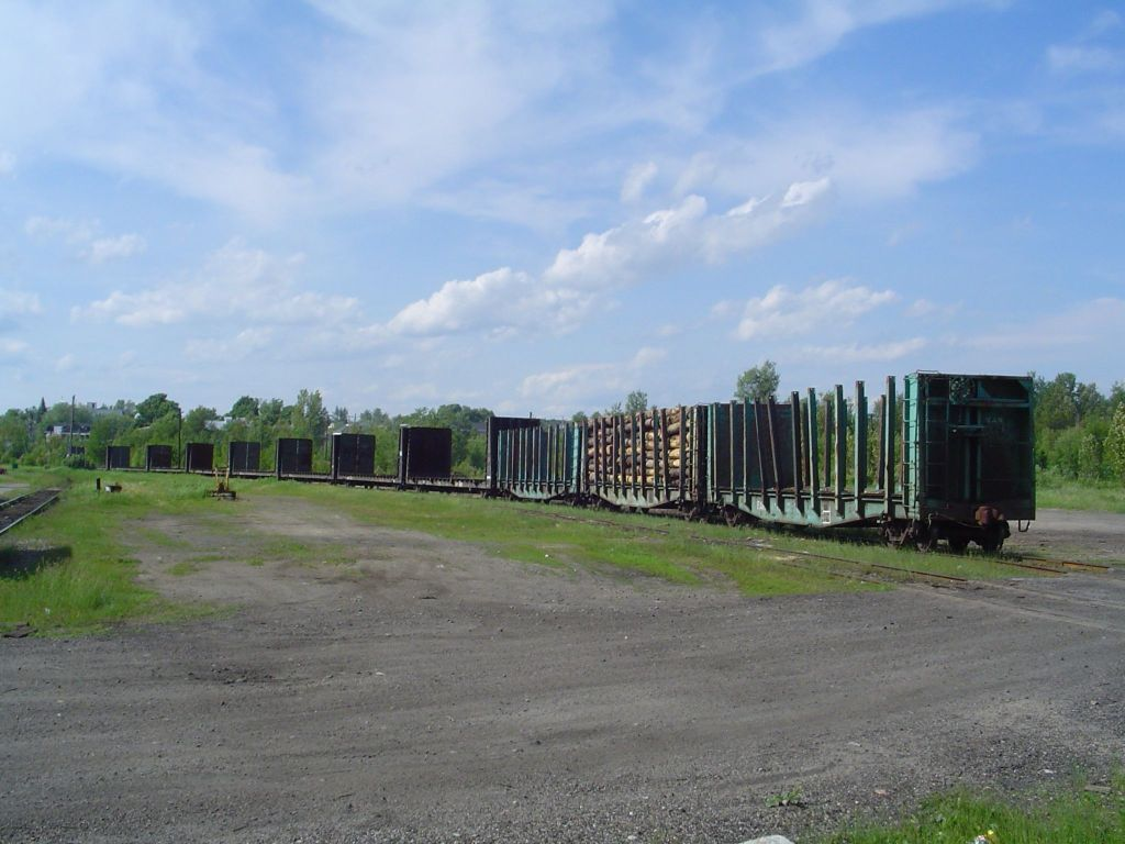 empty wood cars ready to back home in maine