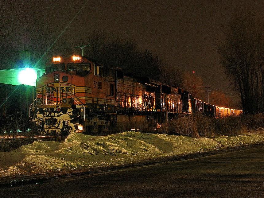 BNSF 5199 after a derailment