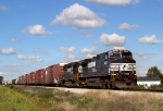 NS 9135 comes east at Oak Harbor ohio
