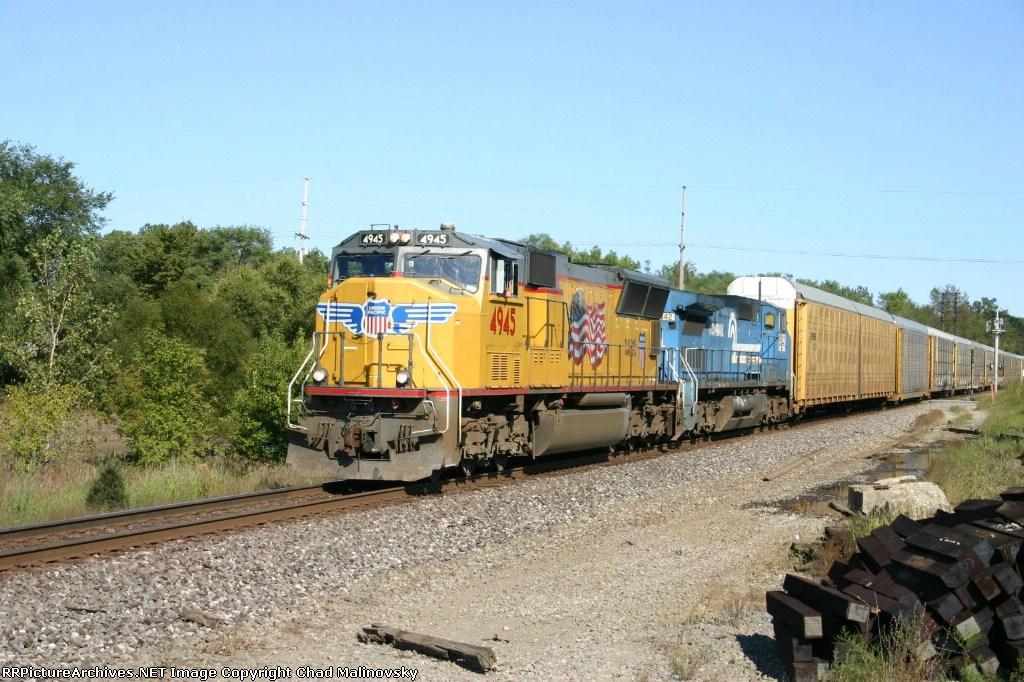 UP 4945 train 275