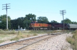 BNSF 5347 avoids the connection track, skipping the Milwaukee route to the west