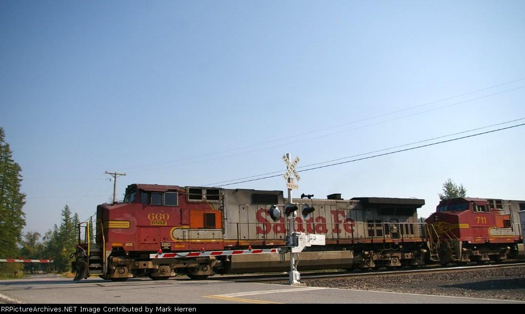 BNSF 660 West