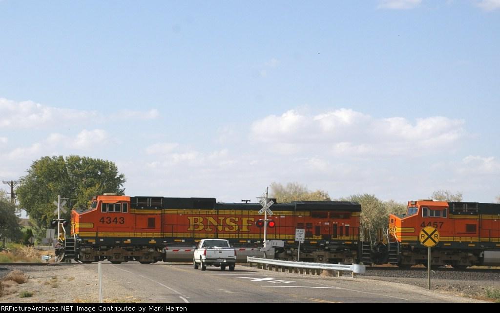 BNSF 4343 West