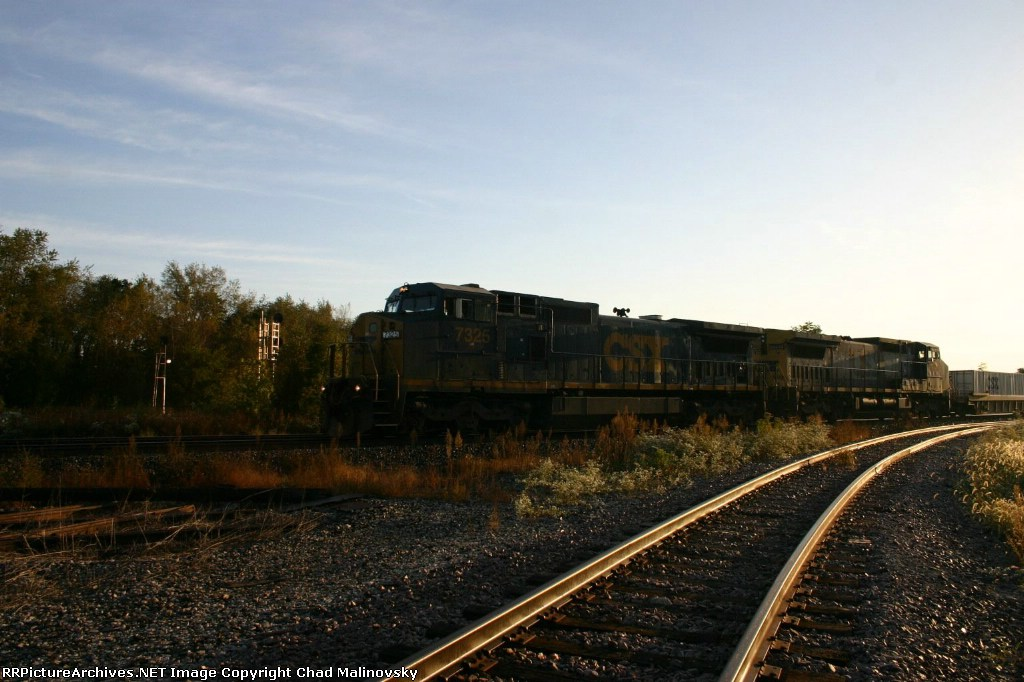 CSX 7325 with Q169