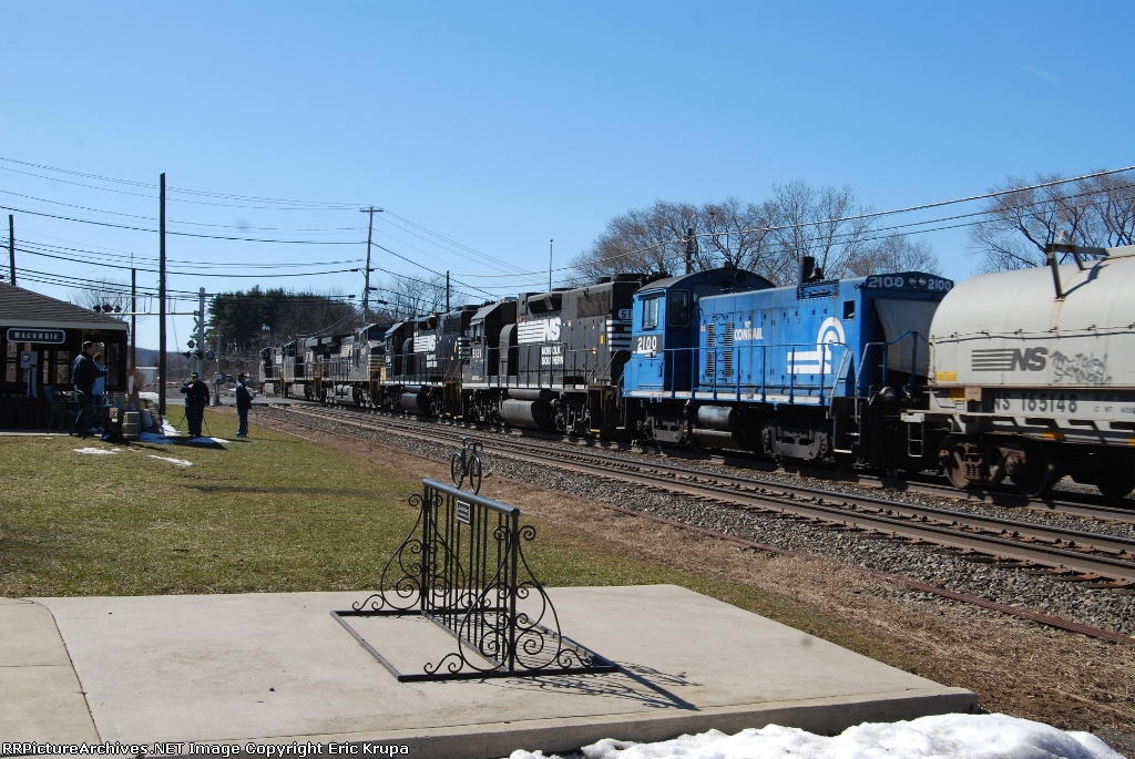 NS 38Gs engines.