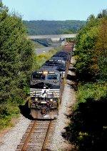 NS Coal Train Ducts Under I-79