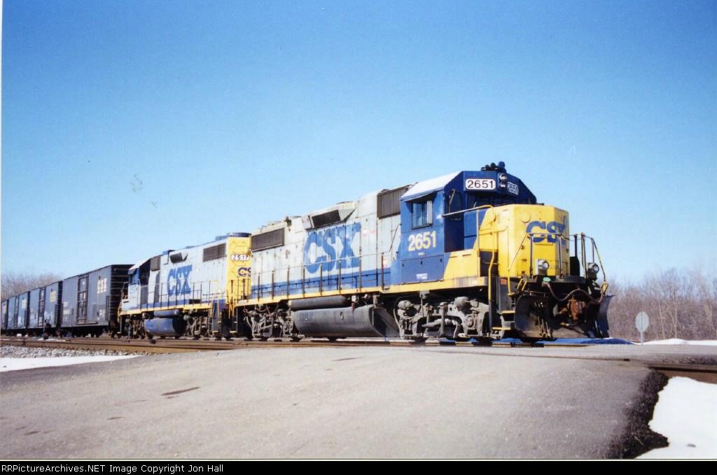 CSX 2651 & 2517