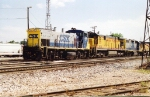 CSX 1177 & HLCX 570 with other units