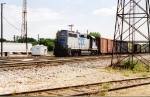 CSX 6643 rolling into the yard