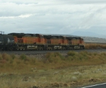 BNSF 4863 & brothers