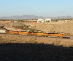 BNSF 7587 & brothers