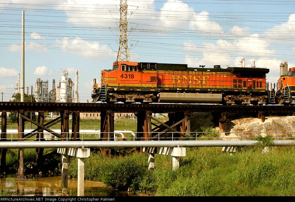BNSF 4318