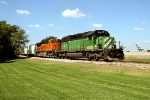 BNSF 7158 and BNSF 7569