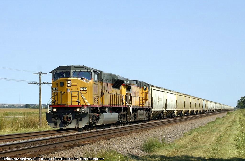 Westbound VeraSun covered hopper train