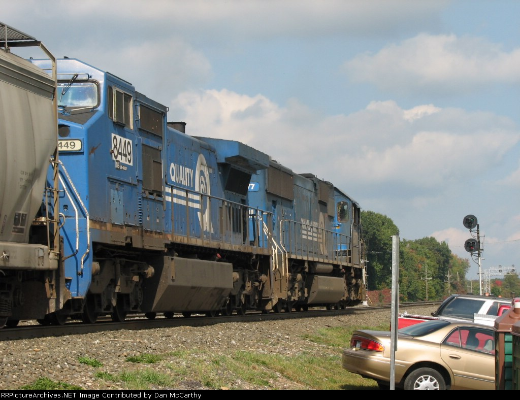 This Conrail Pair Proceeds East With a Clear