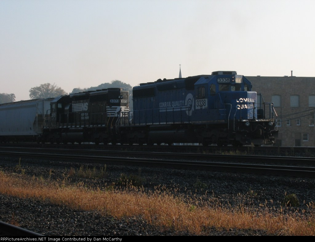 A Conrail SD40-2 Helps Out the Manafest