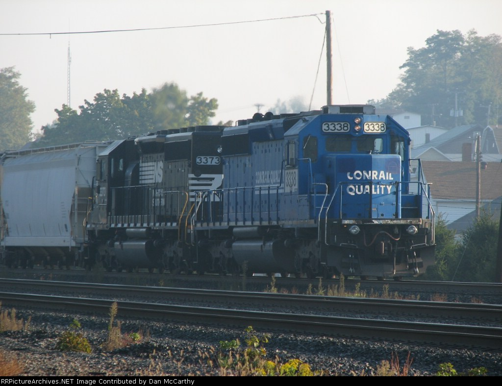 The Conrail Sd40-2 In Better Light