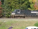 This NS D9-40CW Hauls a Manafest Train