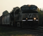 A Heavy Manafest Lead By a Dash9-40CW and SD60