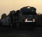 NS ES40DC's Lead A Eastbound Manafest