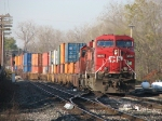 CP 8577 & 5763 roll into the yard with X500-29