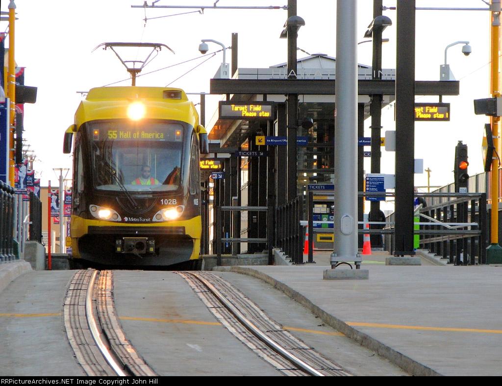 101107063 Hiawatha Light Rail At Target Field Station