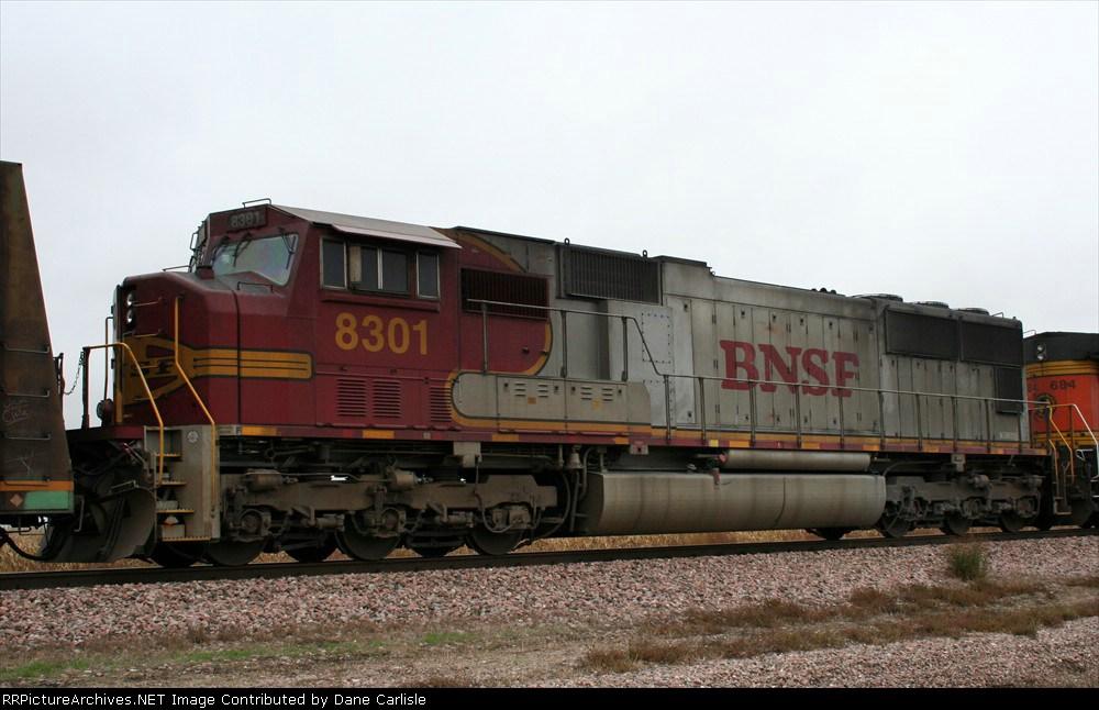 BNSF 8301