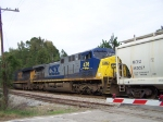 CSX 476 ( with CSX 5208 ) heading towards SC
