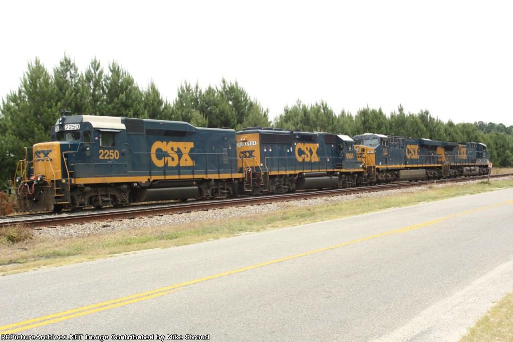 CSX 2250, 6904,831,559 Finished a coal run
