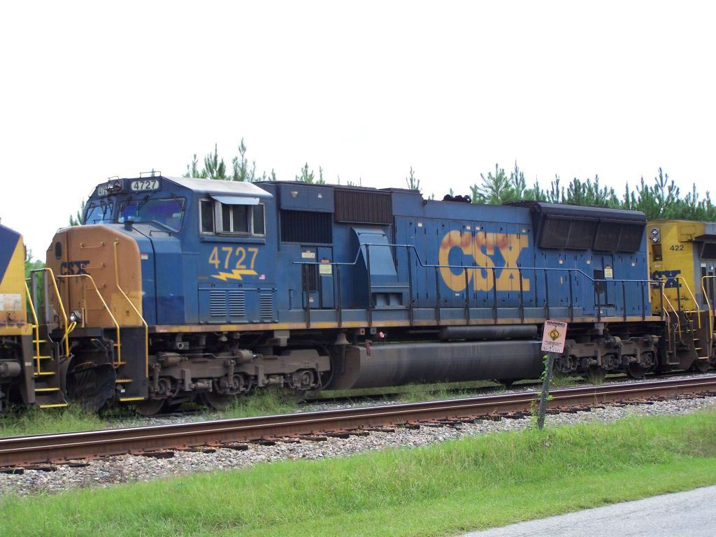 CSX 4727 dieseling while on standby