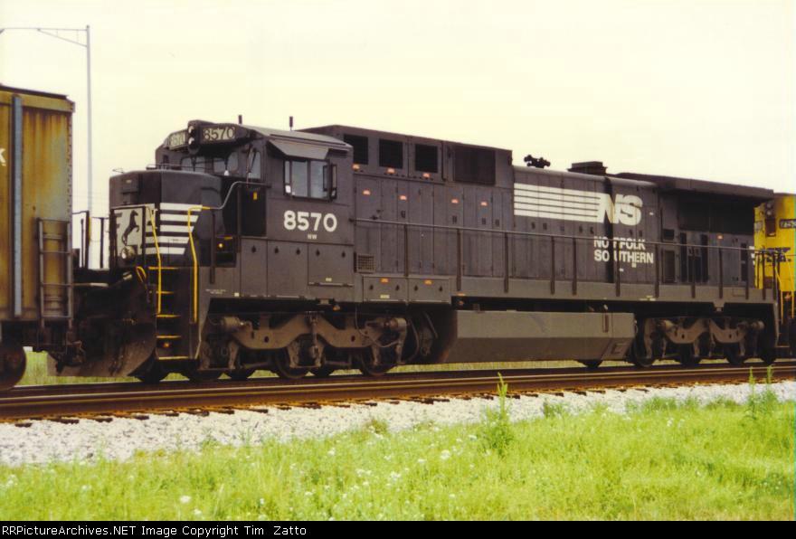 NS 8570